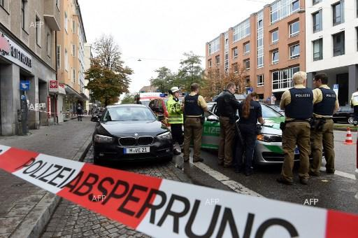 Knife-wielding man wounds five people in Munich. October 21, 2017.