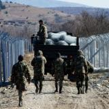 MKD, Macedonia: Army starts erecting 2-m razorwire fence from Doiran to Prespa lakes