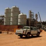 Libyan militants seize two oil fields: AFP