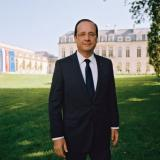Hollande tells Cameron all EU states must respect budget rules