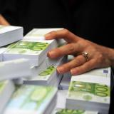 EU-Swiss accord to end banking secrecy, curb tax evasion