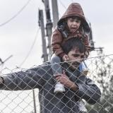 Katimerini: FYROM police detain 120 migrants crossing from Greece