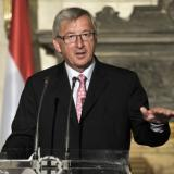 Juncker survives vote of no confidence by parliament