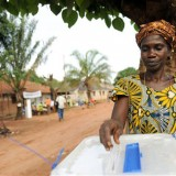 Voting begins in Nigeria election but delays reported