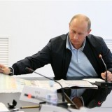 Putin says Ukraine risks abyss, dialogue only solution