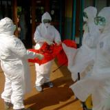 Health workers death toll mounts in W.Africa as Ebola spreads