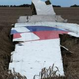 Poroshenko wants parliament to approve police mission to MH17 crash site