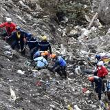 Search teams use new road to reach Germanwings crash site