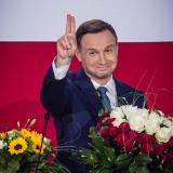Poland election: President Komorowski concedes to rival Duda