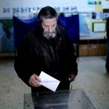 SYRIZA takes lead in Greek elections: exit poll