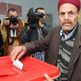 Tunisia votes in landmark presidential election