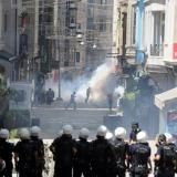 Turkey arrests 24 May Day protesters on 'terror' charges