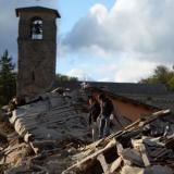 Reuters: Quake kills two on Italian holiday island, young brothers trapped
