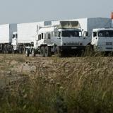 Militia place roadblocks for security of Russia humanitarian convoy