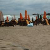 Bulgarian concessioner: Beach umbrella, chaise longue fees set according concession price