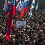 Pro-Russian demonstrators forced Lugansk regional governor to resign