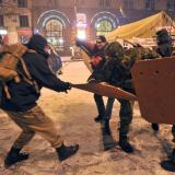 Demonstrations renew parts of barricades, tyres set on fire in downtown Kiev