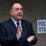 Salmond says Scots 'tricked' out of independence