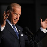 Biden heads to discuss Ukraine situation with local authorities