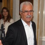 Syria opposition says 'final' decision on peace talks mid-December