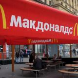 Russia: Flagship McDonald's reopens despite protests