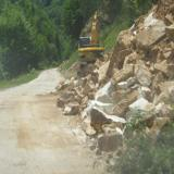 Landslide blocks road in CN Bulgaria