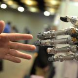 Tech leaders warn over 'killer robots'