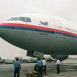 Cyclone threatens to disrupt search for missing Malaysian plane