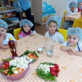 Prof. Donka Baykova, nutritionist: The state must provide support for school meal programmes