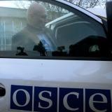 OSCE observers come under fire in eastern Ukraine