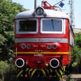 Incident with fast train from Burgas to Sofia at Tvarditsa station due to stones piled on tracks