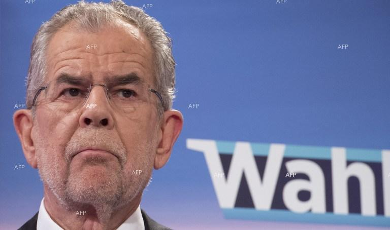 AFP: Austrian president calls for September snap elections