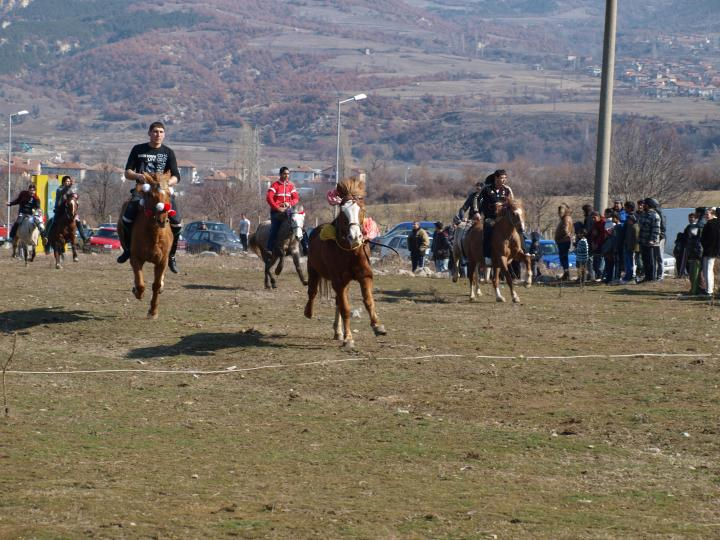 Horse racing organised to mark Todorovden in the town of Simitli.