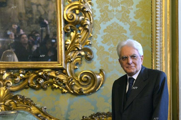 VOA: Italy's President Pressured to Accept Euroskeptic Minister