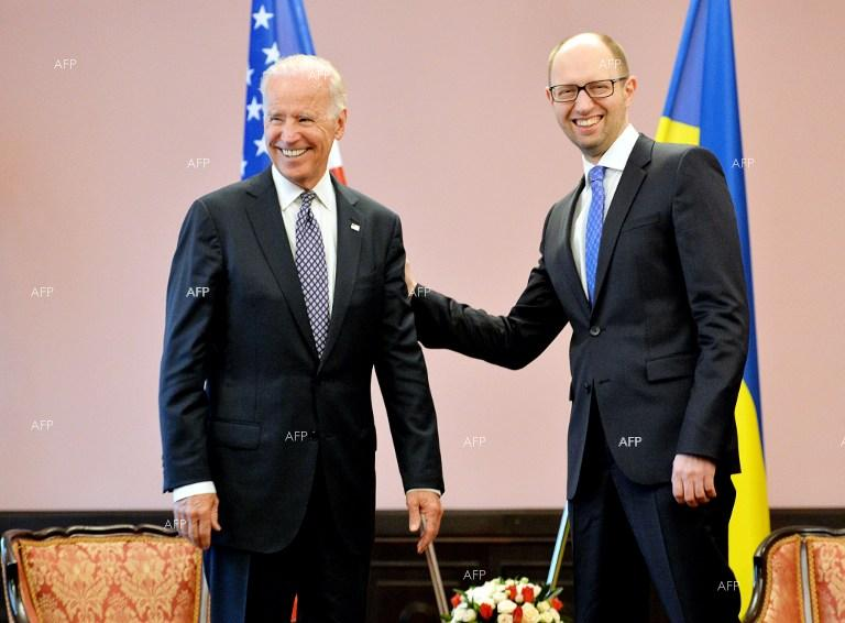 US Vice President Joe Biden meets with Arseniy Yatsenyuk