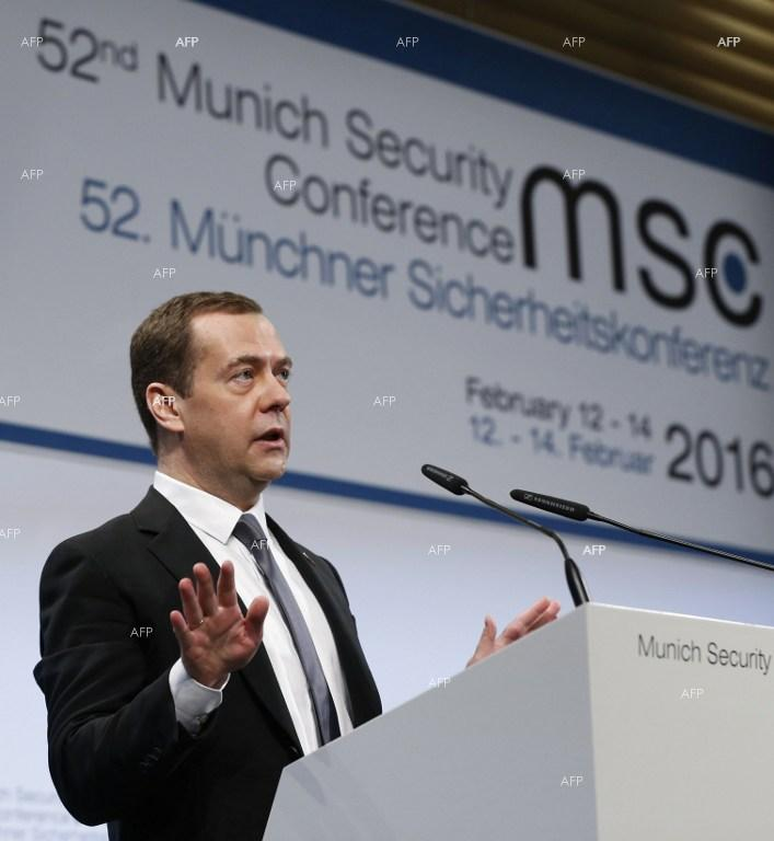 Russian PM says world has slipped into new Cold War.