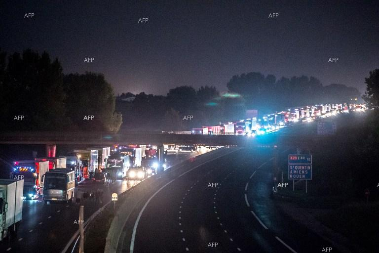 Blockade on the A1 French motorway was lifted after an 11-km-long traffic jam formed.
