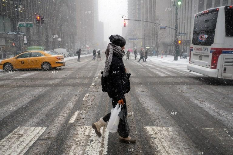 New York paralysed expecting a fierce snowstorm.