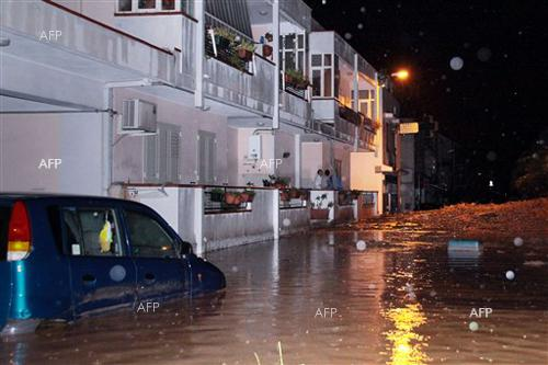 AFP: Over 30 dead in Italy storms