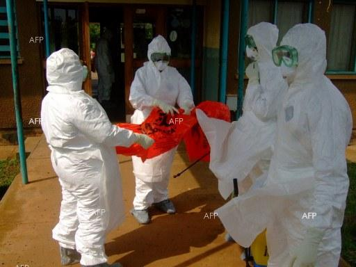 Fears and rumours of Ebola stalk Freetown-Paris flight