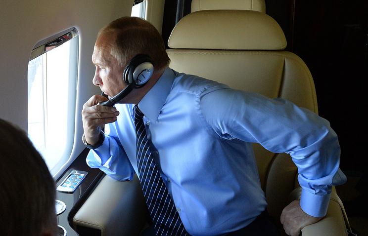 Vladimir Putin arrives on a surprise visit to the Russian base in Latakia, Syria. December 11, 2017;