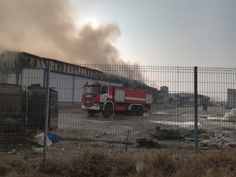 Plovdiv: Fire near Voyvodinovo still smouldering, some 300 factory workers without work
