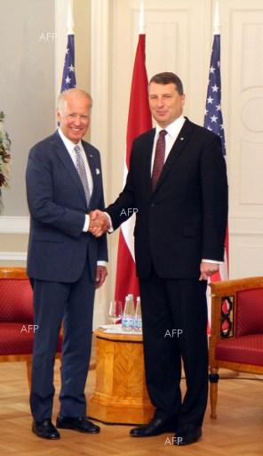 Joe Biden meets with Raimonds Vejonis. August 23, 2016.