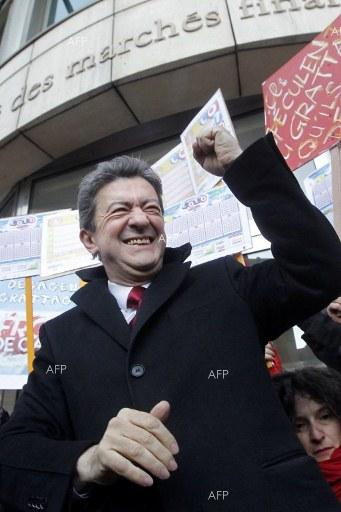 French election: Sharp-tongued Mélenchon galvanises left