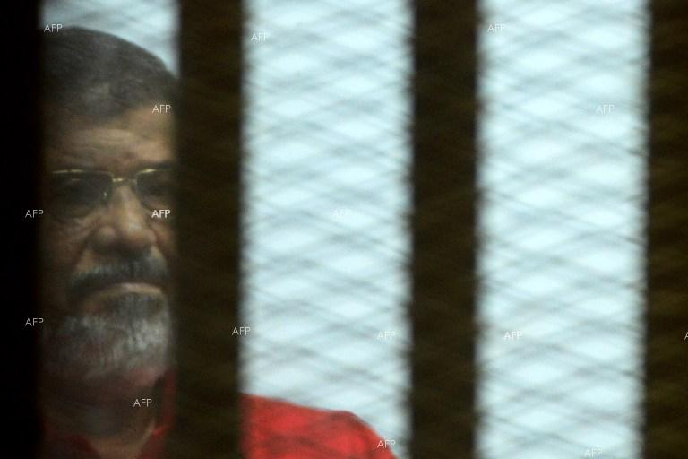 AFP: Egypt former president Morsi dies after falling ill in court