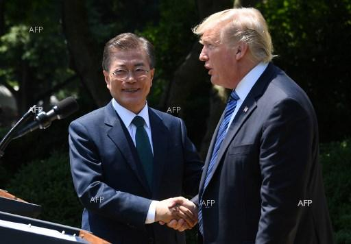 Reuters: South Korea's Moon urges North, United States to move forward on denuclearisation