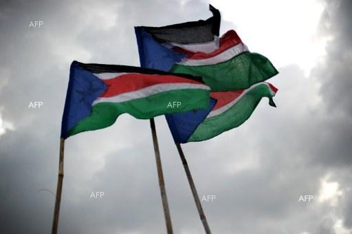 AFP: Sudan army ruler says committed to handing over power to civilians