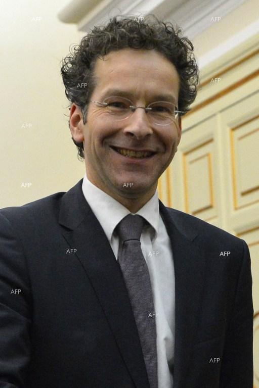 Dijsselbloem:Greece, lenders still divided, bailout talks to intensify