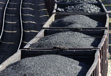 AFP: S. Korea firms caught importing coal, iron from North: Seoul