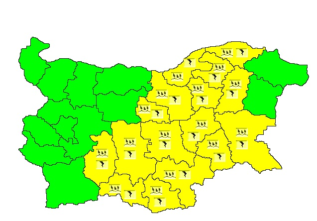 NIMH: Code Yellow warning for rain and thunder in place for 16 Bulgarian regions